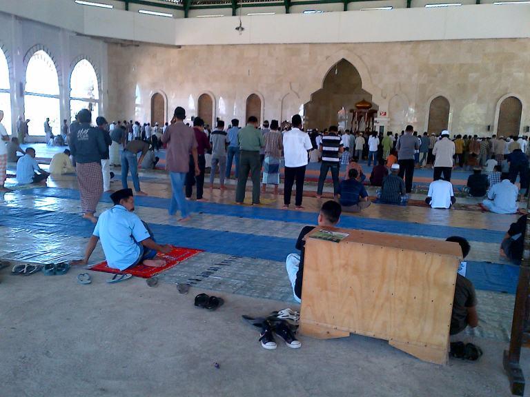 Masjid Agung Maros Tampak Dalam