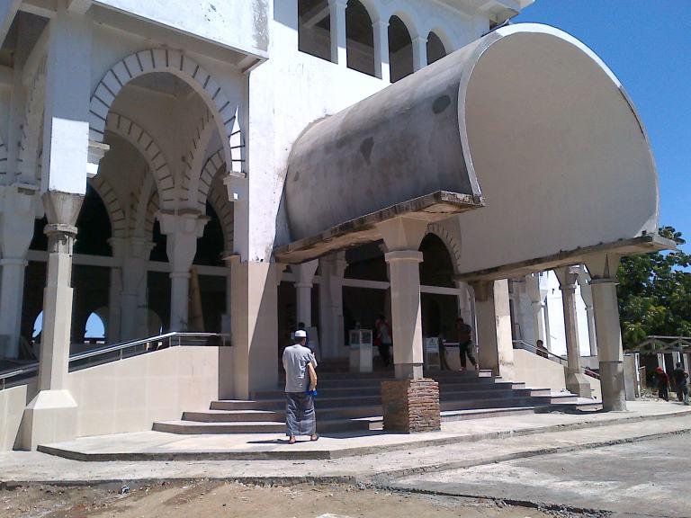 Tampak Depan Masjid Agung Maros