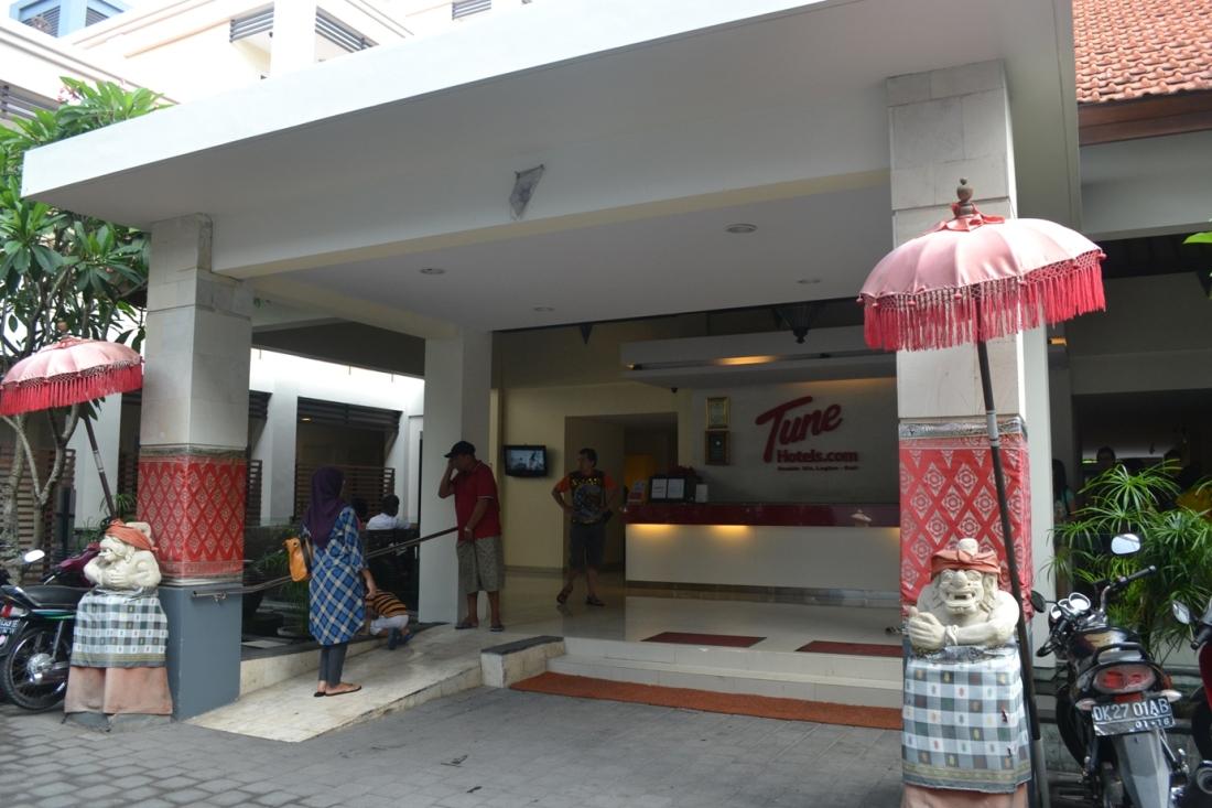 Tune Hotels Legian Bali
