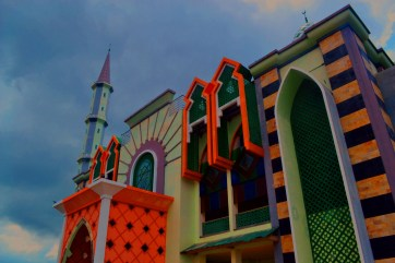 Colorful of Masjid Mamuju